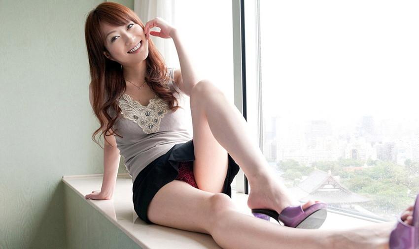 【美脚エロ画像】ため息がこぼれるほど美しい脚線美に見とれてしまうやんけ! 35
