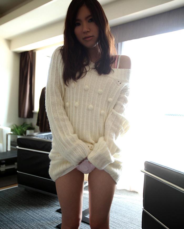 【セルフパンチラエロ画像】自らスカートの中を見せてくれるマジ天使!wwww 20