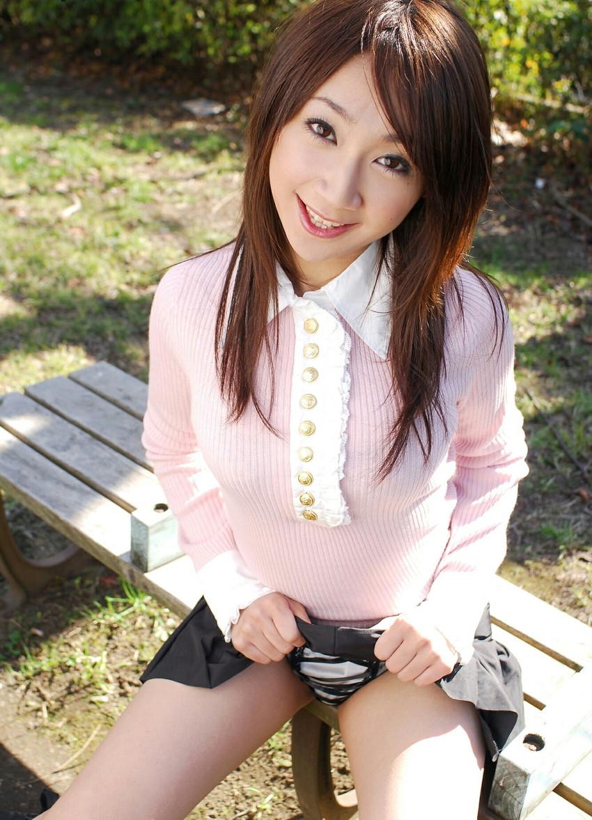 【セルフパンチラエロ画像】自らスカートの中を見せてくれるマジ天使!wwww 38