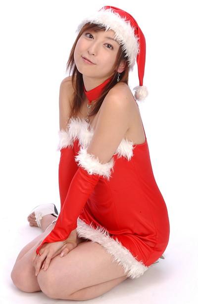 【サンタコスエロ画像】こんなサンタがクリスマスに訪ねてきたら勃起不可避! 48
