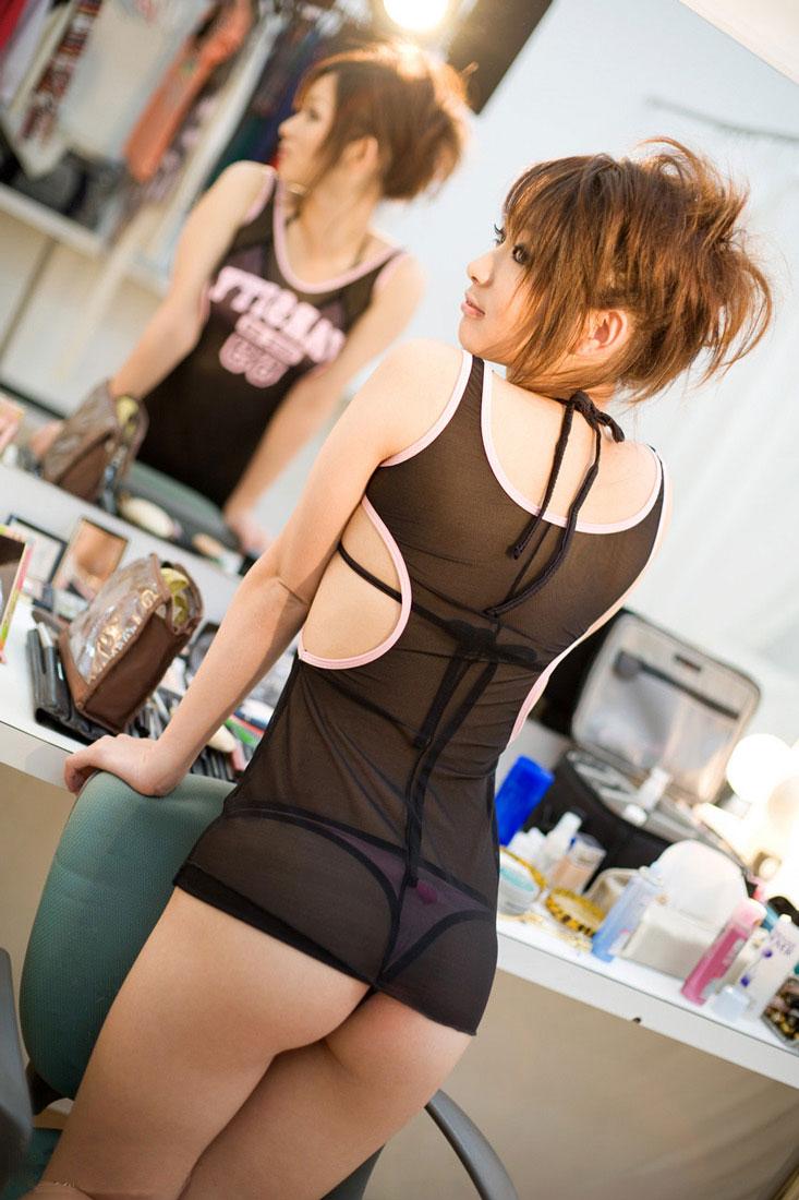 【Tバックエロ画像】女の子のお尻はやっぱり美しく演出されているに限るだろ!? 23