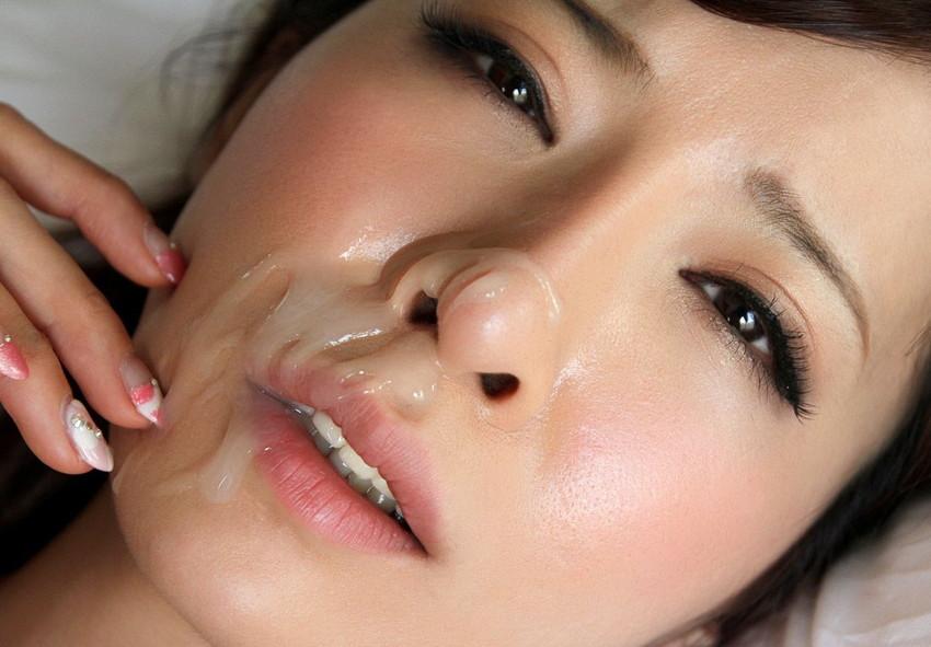 【顔射エロ画像】やっぱりエロい!顔中をザーメンだらけにされた女の子たちの卑猥な姿! 13