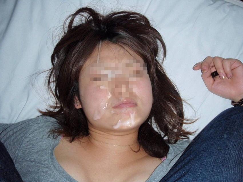 【顔射エロ画像】やっぱりエロい!顔中をザーメンだらけにされた女の子たちの卑猥な姿! 14