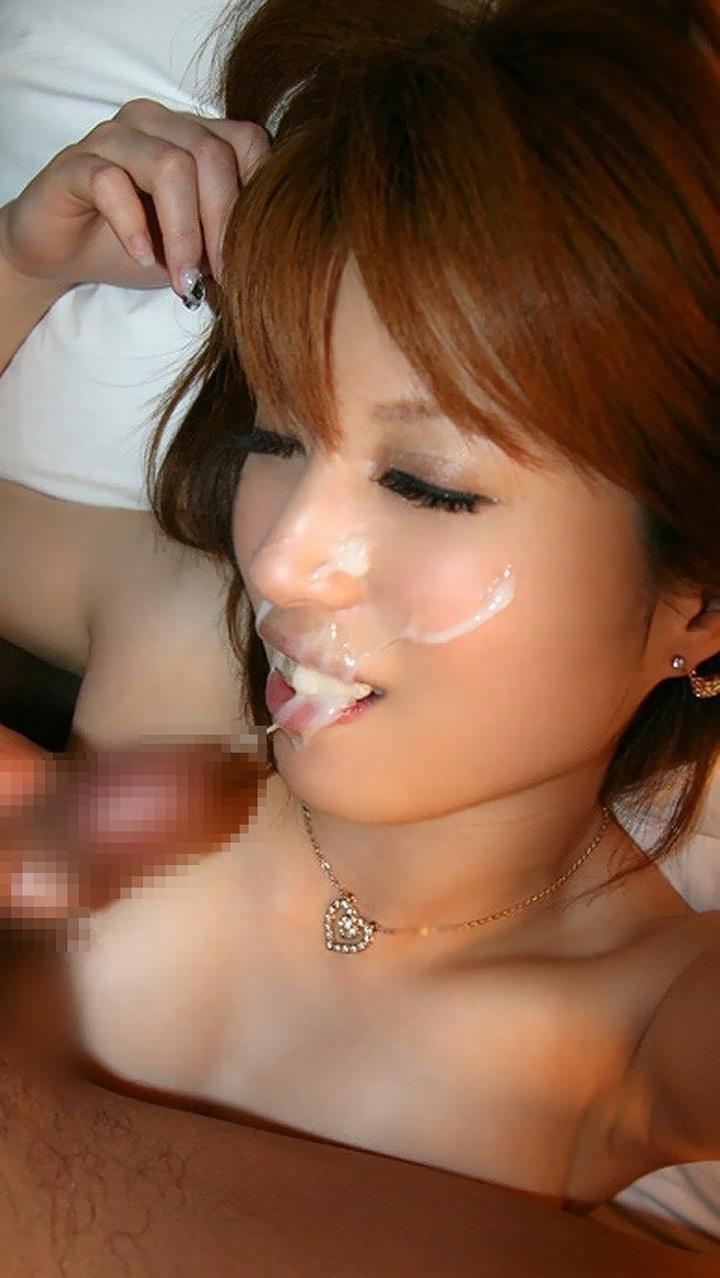 【顔射エロ画像】やっぱりエロい!顔中をザーメンだらけにされた女の子たちの卑猥な姿! 33