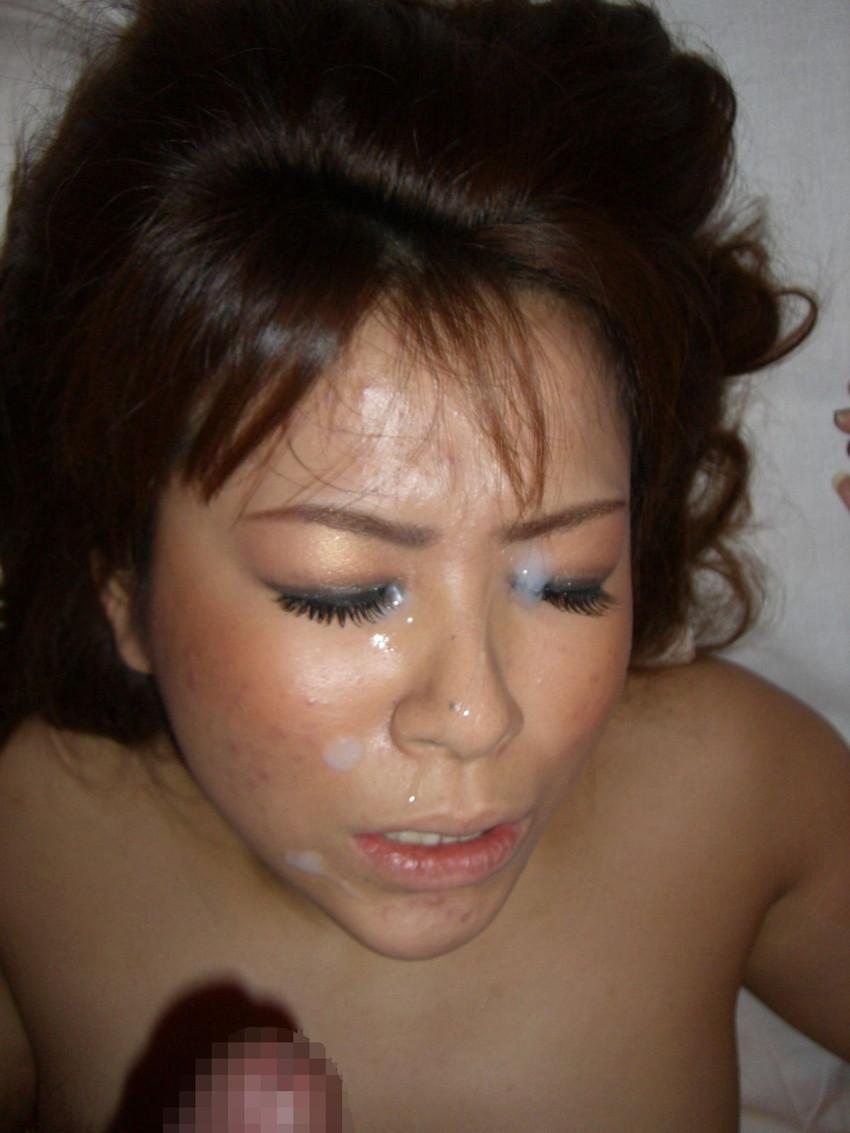 【顔射エロ画像】やっぱりエロい!顔中をザーメンだらけにされた女の子たちの卑猥な姿! 36