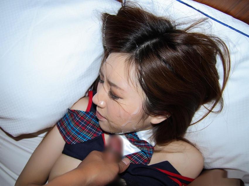 【顔射エロ画像】やっぱりエロい!顔中をザーメンだらけにされた女の子たちの卑猥な姿! 48