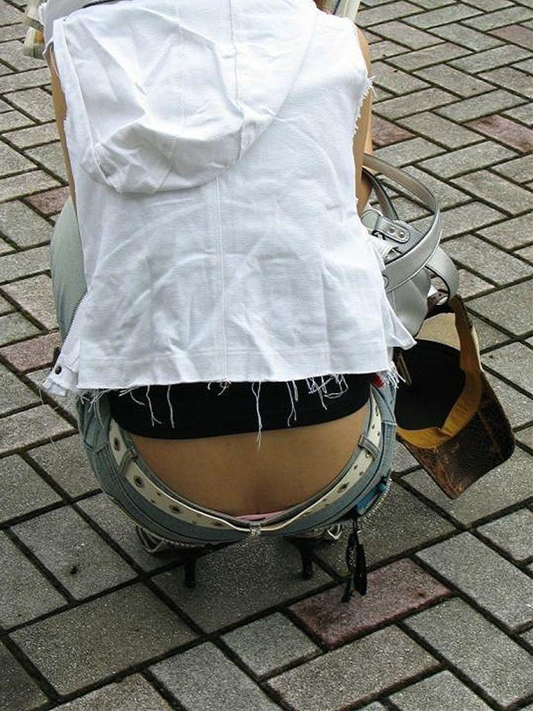 【ローライズエロ画像】過激すぎるファッションローライズの女の子たち! 34