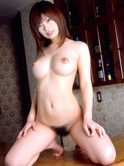 【美乳エロ画像】やっぱり綺麗なおっぱいってそれだけで魅力的だな! 36