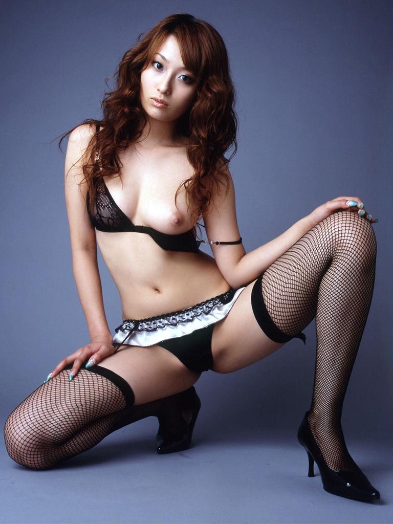 【セクシーランジェリーエロ画像】セクシーさを重視した女性下着ってこんなん!? 06