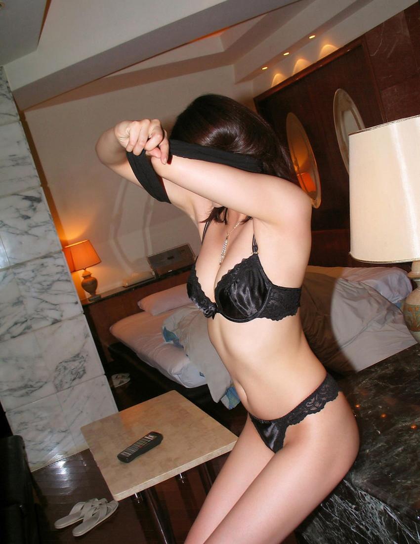 【セクシーランジェリーエロ画像】セクシーさを重視した女性下着ってこんなん!? 09