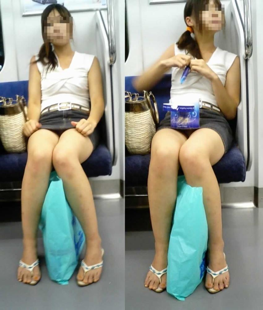 【電車内盗撮エロ画像】電車内で見つけた胸チラ、パンチラ集めてみたぞ! 05