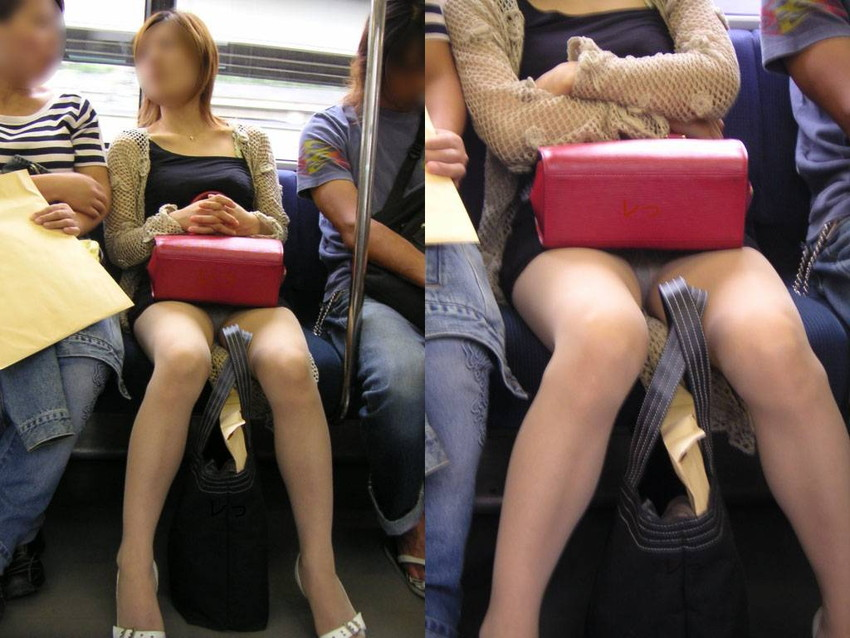 【電車内盗撮エロ画像】電車内で見つけた胸チラ、パンチラ集めてみたぞ! 46