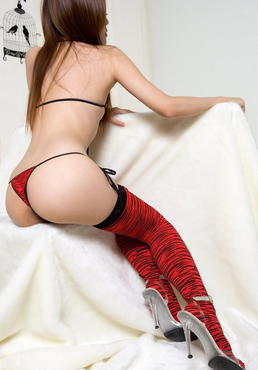 【Tバックエロ画像】やっぱりセクシー!ワイこんな下着なら大歓迎!www 21