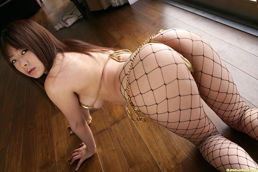 【Tバックエロ画像】やっぱりセクシー!ワイこんな下着なら大歓迎!www 22