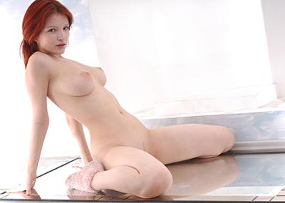 【海外美乳エロ画像】海外美女たちの美しすぎる美乳にフル勃起確定!