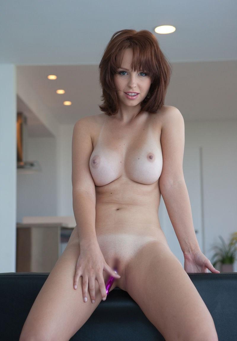 【海外美乳エロ画像】海外美女たちの美しすぎる美乳にフル勃起確定! 28