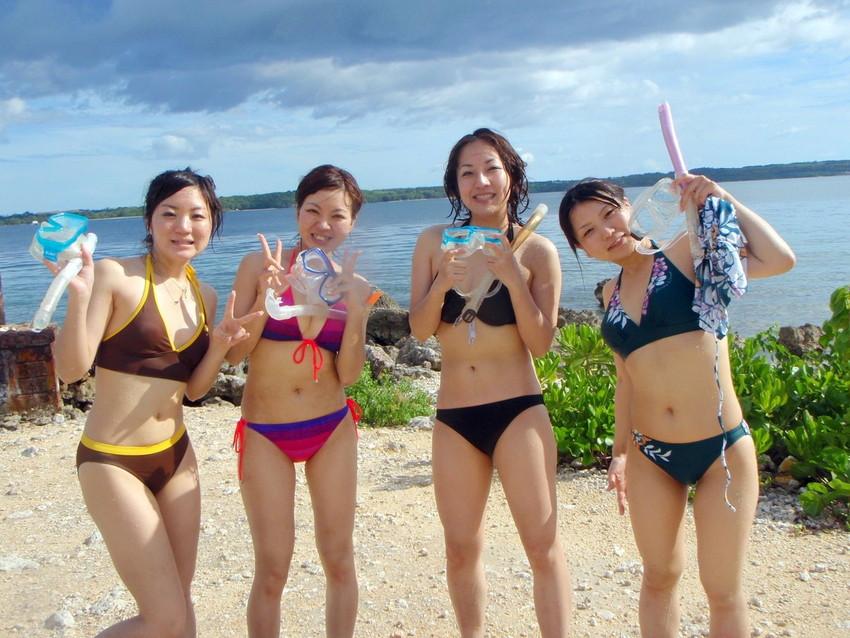 【素人水着エロ画像】こんな寒い時期だけど夏の素人の女の子たちの水着が見たい!w 25