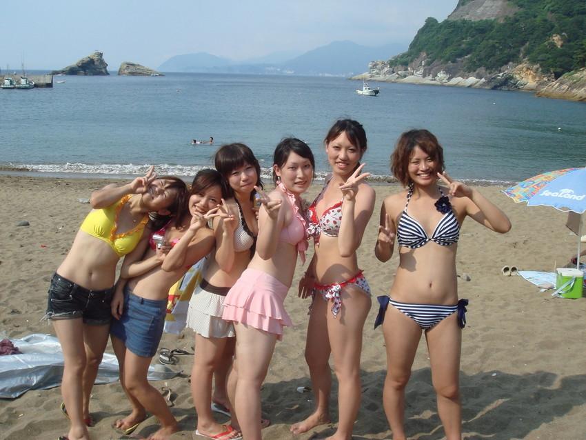 【素人水着エロ画像】こんな寒い時期だけど夏の素人の女の子たちの水着が見たい!w 38