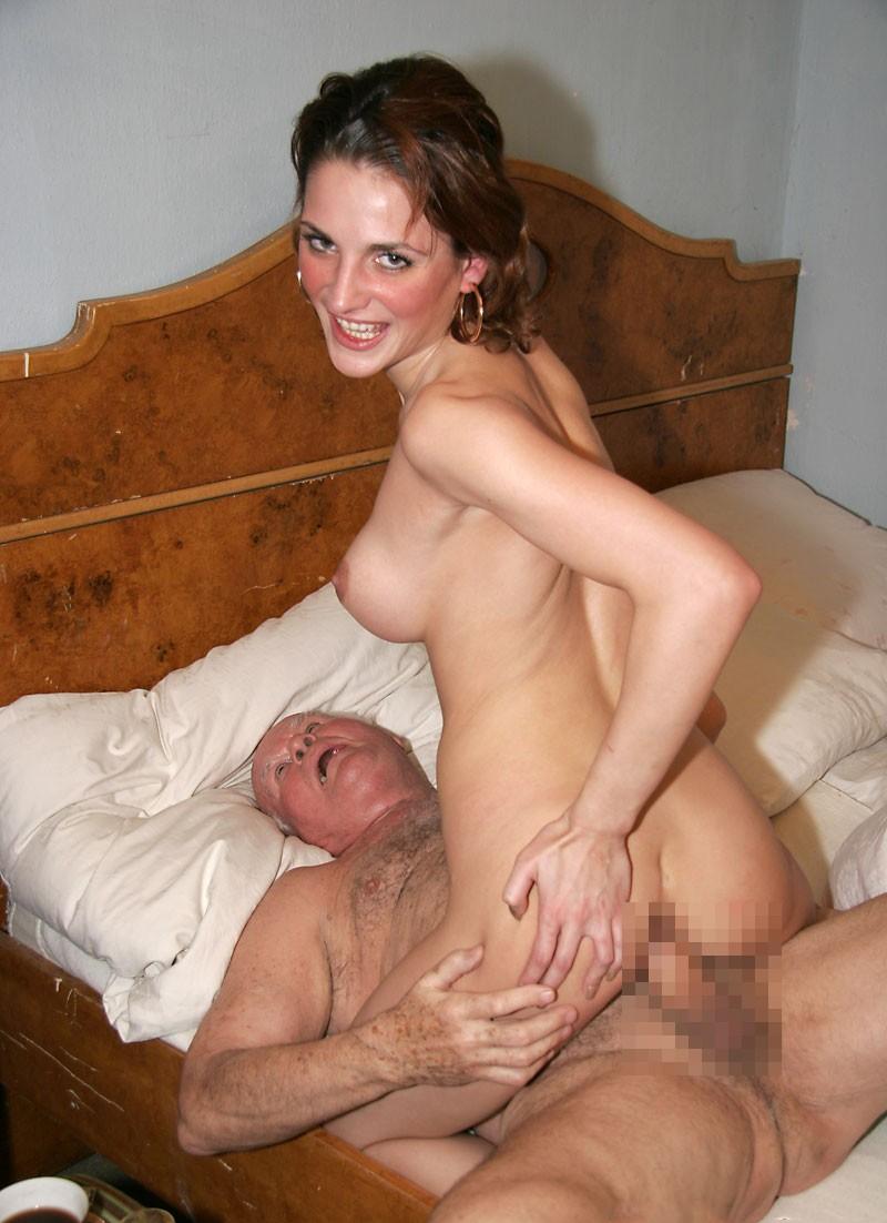 【海外セックス各種エロ画像】激しくセックスで燃え上がる外国人まんさんがエロい! 50