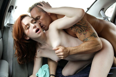 【海外セックス各種エロ画像】激しくセックスで燃え上がる外国人まんさんがエロい! 26