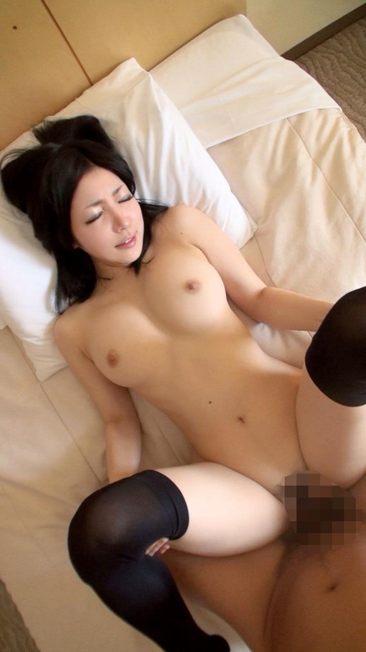 【正常位エロ画像】やっぱり一番セオリーな体位でのセックスが一番!www 34